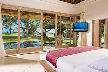 Ocean View Bedroom at Villa Atas Ombak Bali