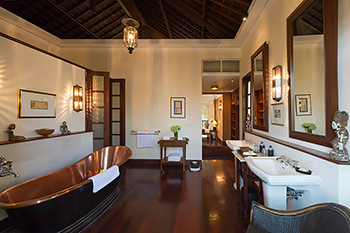 Bathroom of Villa Batavia Bali